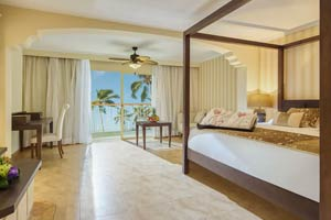 Colonial Club Junior Suite Ocean View with Jetted Tub - Hotel Majestic Colonial Punta Cana