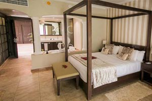 Junior suite with Jetted Tub - Hotel Majestic Colonial Punta Cana
